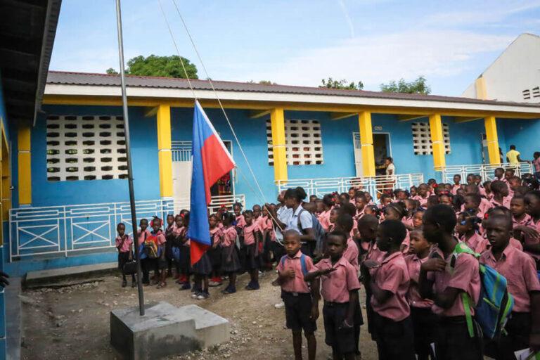 El colegio en Boyer, Haití