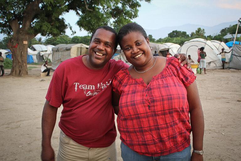 Tony y Myrtha 2011 Haití