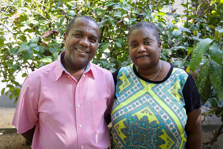 Tony y Myrtha los trabajadores locales en Haití